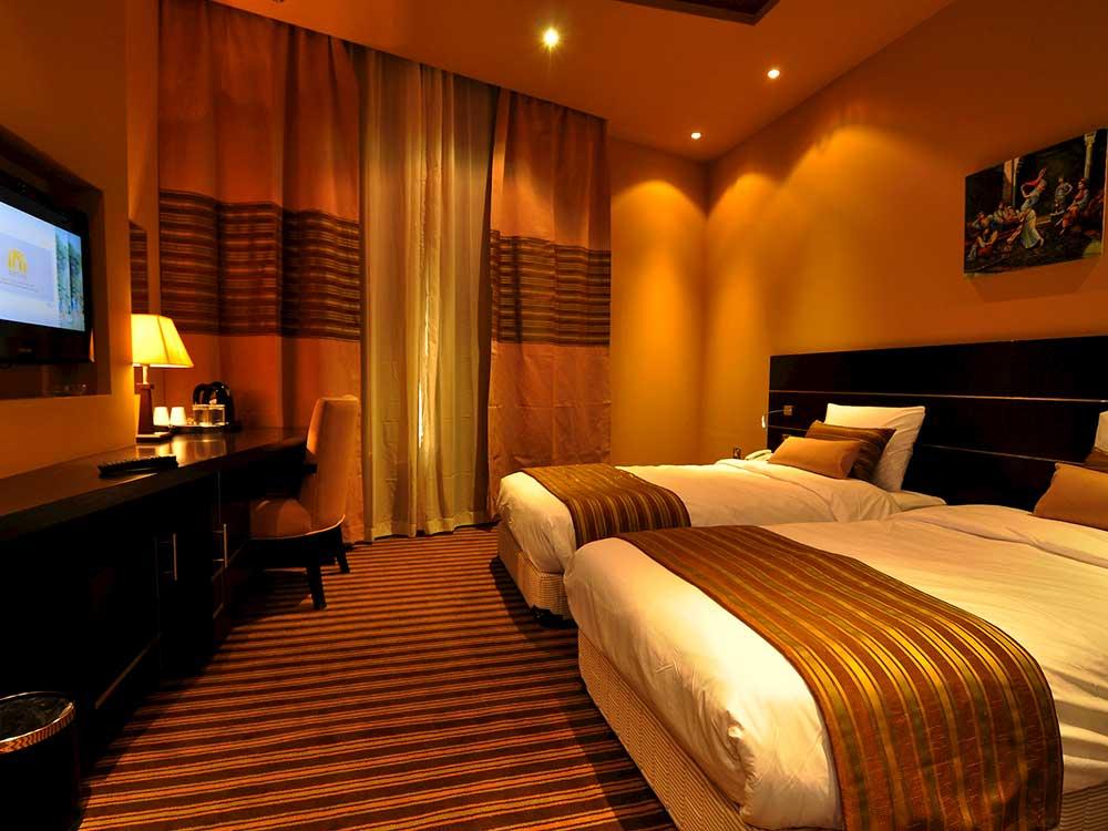 luxury hotels in sharjah